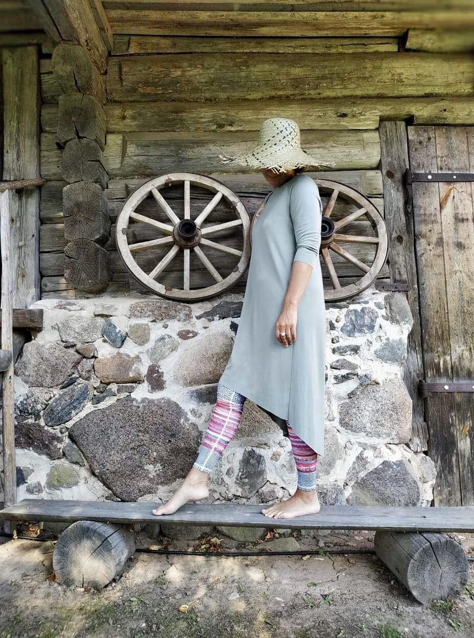 Sofie Dress Olive S/M & L/XL 1
