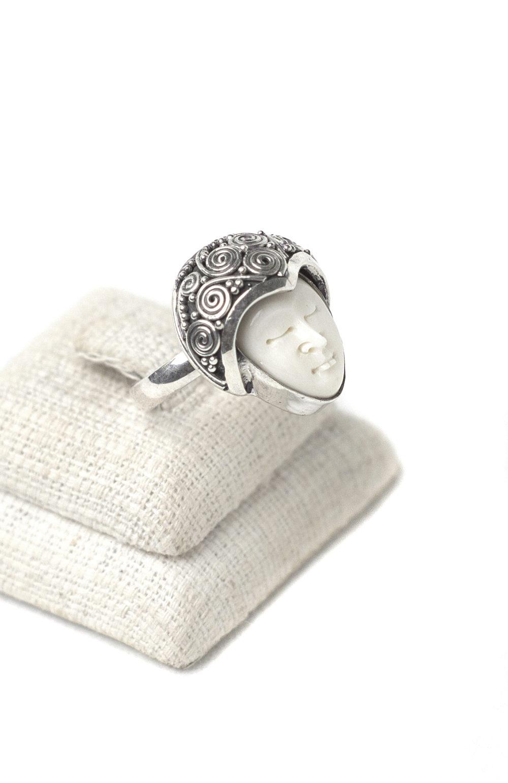 Simple Goddess Ring 2