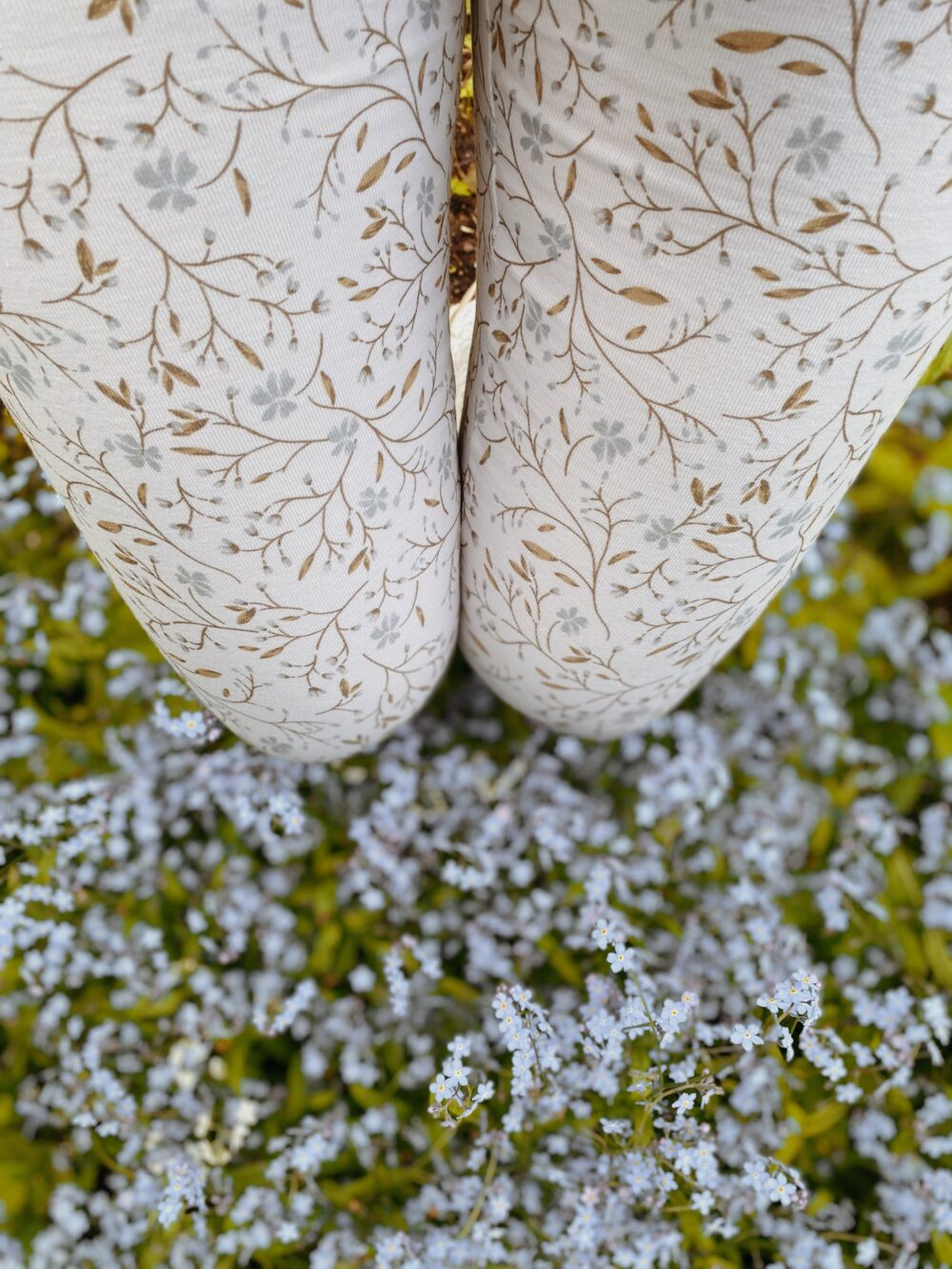 Forget-Me-Not Leggings S/M 6